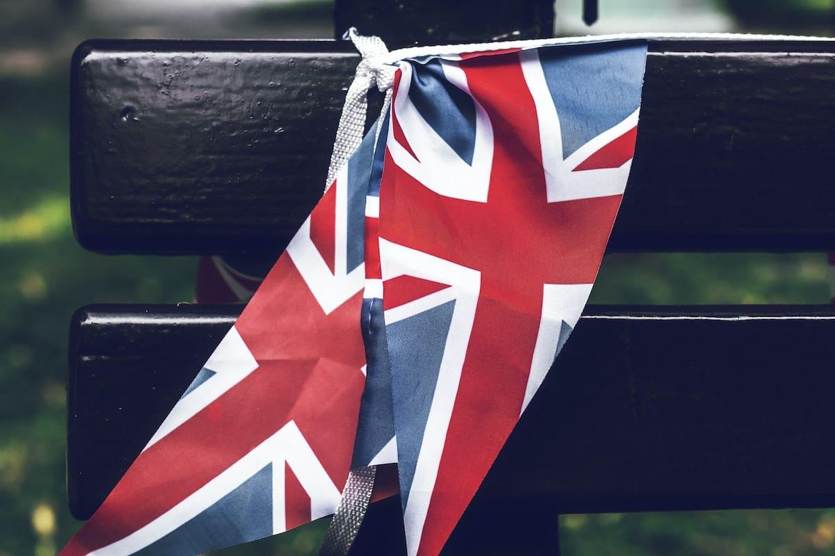 Anglija tevo diena veliava