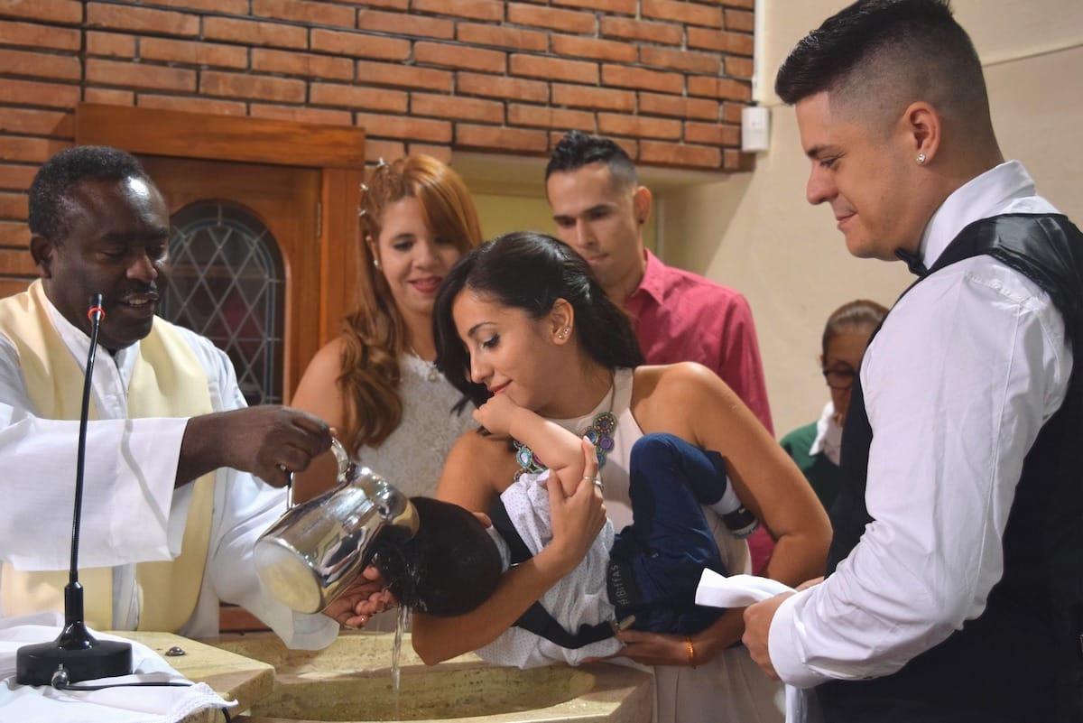 vaiko krikštatėviai