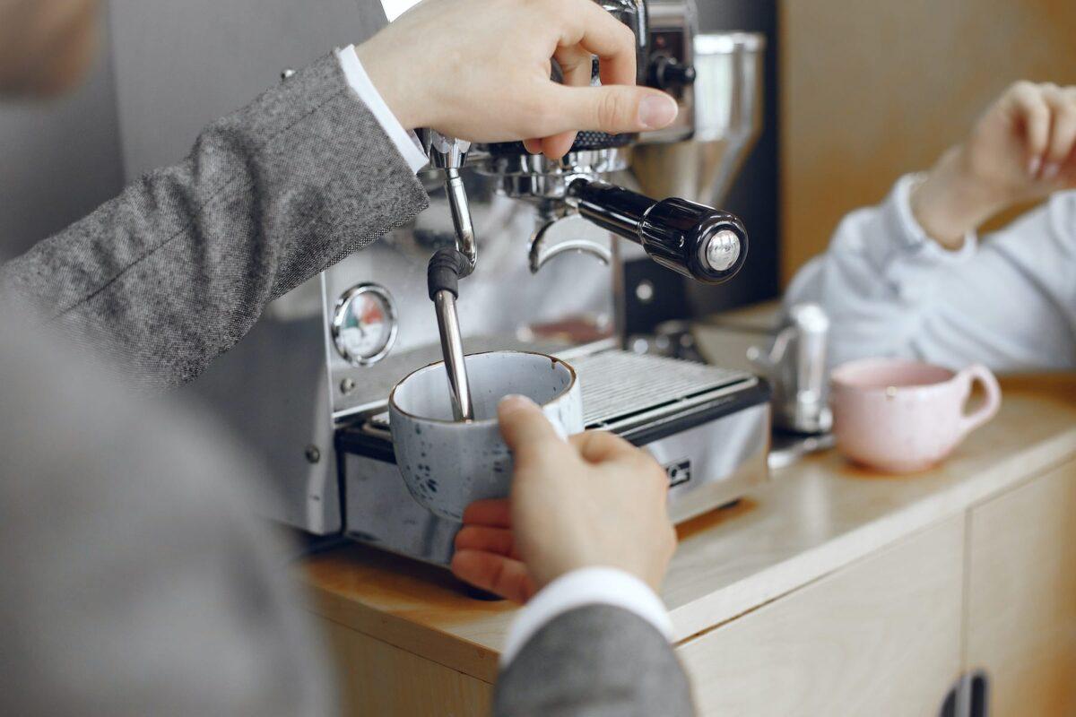 vestuvių dovana - kavos aparatas